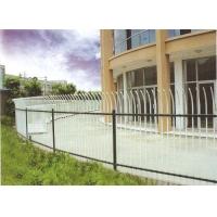 强前护栏-简易弯弧栅栏