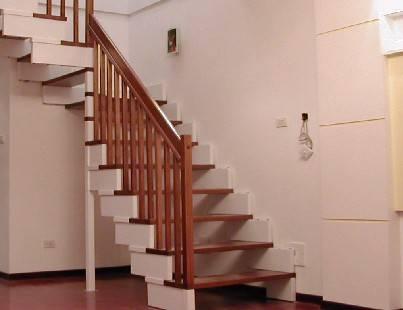 楼梯刷漆效果图