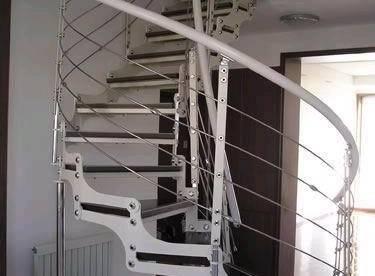 楼梯选购:它是家具还是建材?