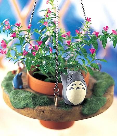 丙烯手绘龙猫花盆