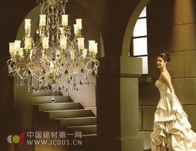 灯饰品牌入驻家居卖场 引领家居装饰潮流高清图片
