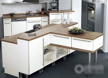 开放式厨房挑战三角工作区的设计