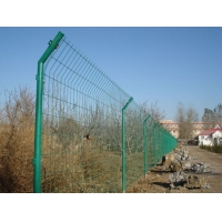 双边丝护栏网/铁丝网栏/围栏网价格