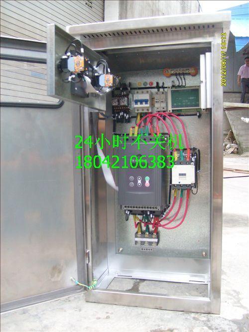 旁路接触器于一体,用于实现电动机的多重控制保护