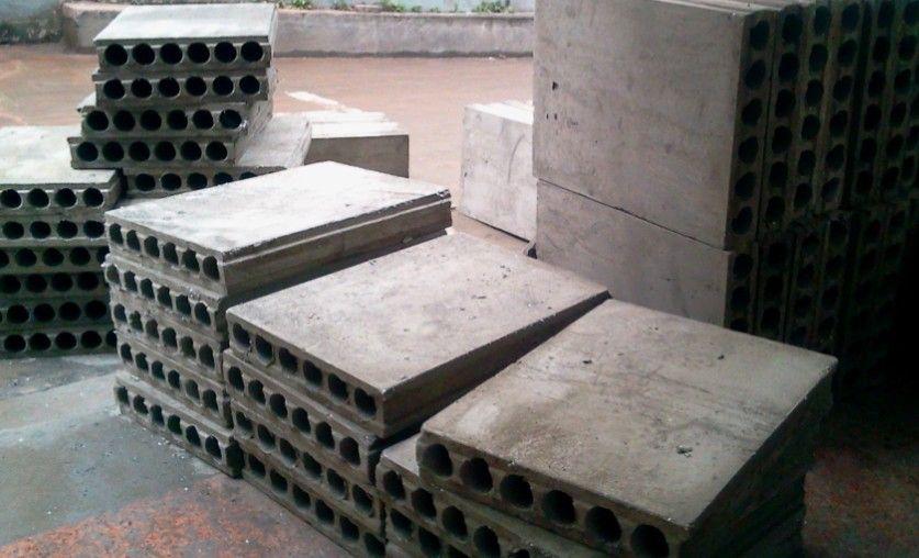 """安装""""jg""""墙板的嵌缝塞孔填充粘结材料采用1:3水泥"""
