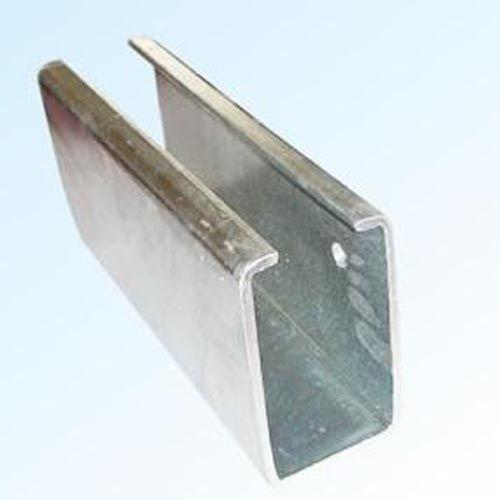 成都彩钢-C型钢