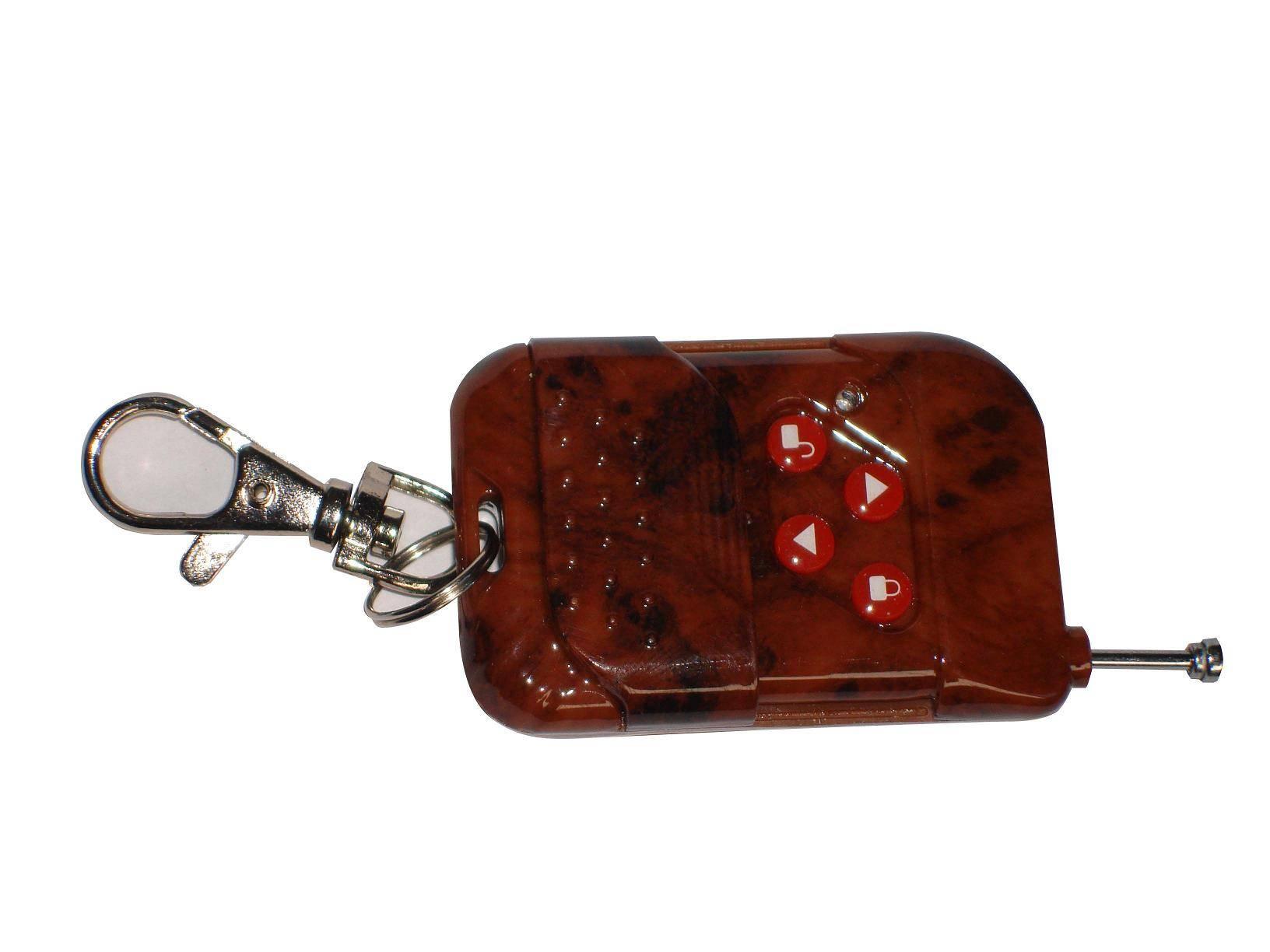 型 号: STL-C * 发射器采用四键独立方式,解锁和停止键并用,特设锁定按键,按锁键后,再按开.关键都失效,起防盗作用. * 主机设有左右安装开关,安装方便. *自动照明功能,延时断电功能. *电动开关功能,红外线遇阻停止功能. *发射电路采用声表晶体稳频,使发射距离不受天气影响. *遥控距离开阔地100米.