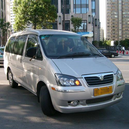 风行MPV商务车7 9座高清图片