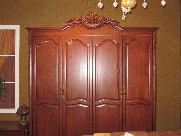 欧式古典四门衣柜产品图片