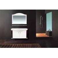 白色古典实木柜