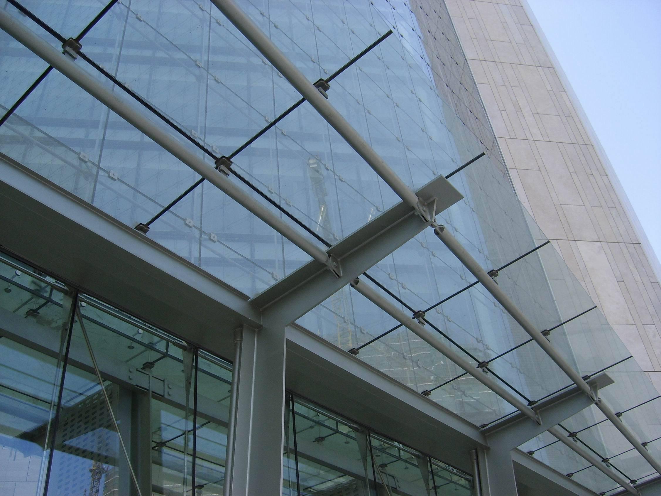 钢结构雨棚计算_春都钢结构