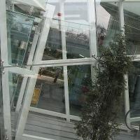 钢构防腐施工、氟碳门窗喷涂、彩色门窗,地坪施工