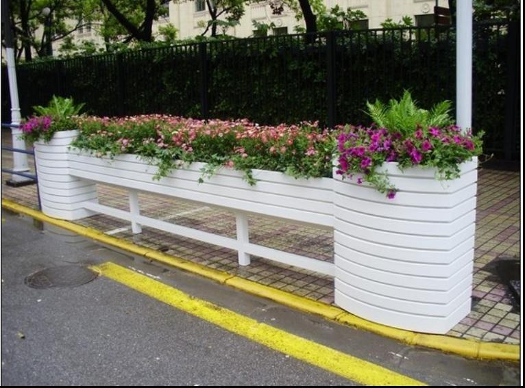 马槽花箱,人行道隔离护栏 上海沃美园艺 九正 高清图片