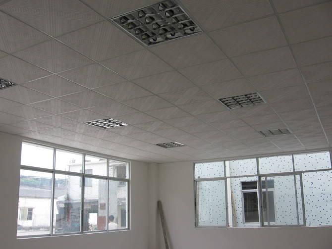 600*600石膏板天花吊顶工程
