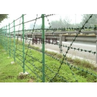 刺丝隔离栅 安全围网 厂区护栏网 国道护拦
