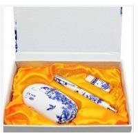 青花瓷广告促销礼品,中国红瓷商务套装,创意定制礼品