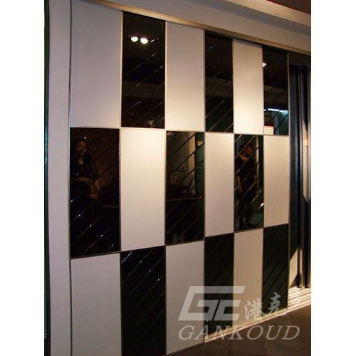 港克多衣柜门-白色横浪纹板+灰镜 - 港克多移门 - 九