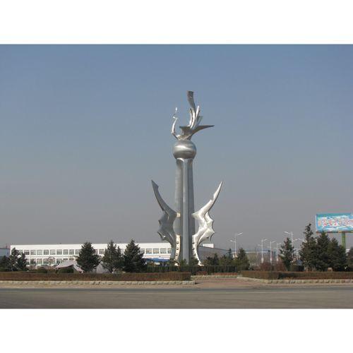 南京不锈钢雕塑-天将雕塑--辽宁27米雕塑《筑巢引凤》
