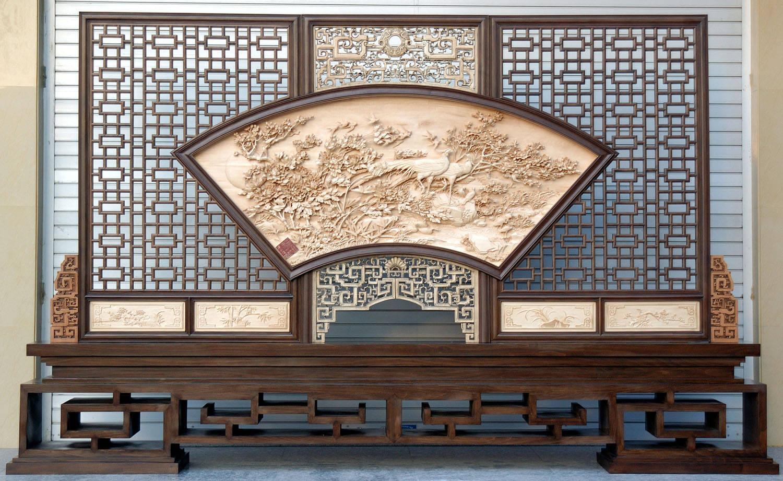 广州仿古木雕门窗/挂件/家具/仿古屏风/花格
