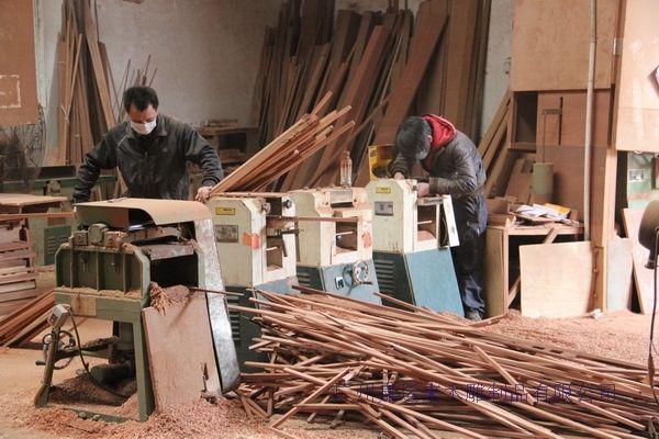 广州木雕制品佛像,观音庙宇仿古门窗