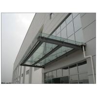 钢结构玻璃雨篷美丽大方典雅的钢结构玻璃雨篷的设计