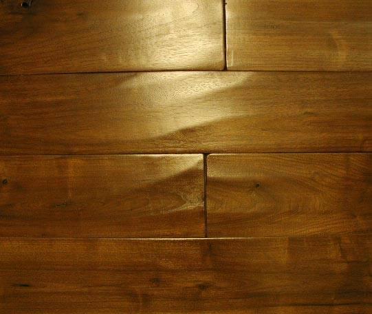 远康装饰材料康信三层实木地板(美国仿古樱桃木)