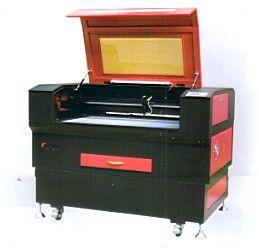 天津眾祺激光雕刻機、天津塑料加工設備、天津激光雕刻機