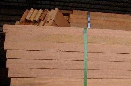 供应巴劳木,巴劳木地板料,巴劳木板材,巴劳木景观材,巴劳木价格