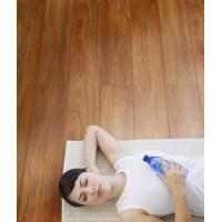 地面装修用木地板还是瓷砖木地板可重复使用