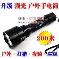 广东佛山厂家推荐射程200米的铝合金手电筒 亮度高射程远进口