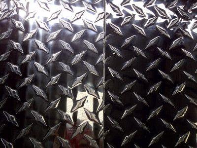 第六,其他铝板花纹材:波浪形花纹材,水波纹铝花纹板材,瓦楞花纹