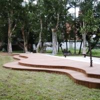 异行地板|陕西西安防腐木|炭化木|户外木材?;び蛗