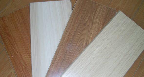 新型建材 其他 羽丝面强化复合木地板      产品