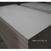 供應三合板,多層板,人造板,膠合板