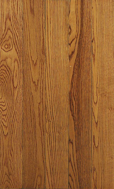 红橡木的白木质为白色至浅棕色