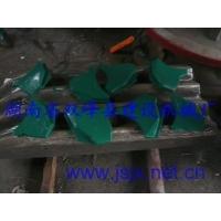 制砂机耐磨配件系列:抛料头、流道板、耐磨块等