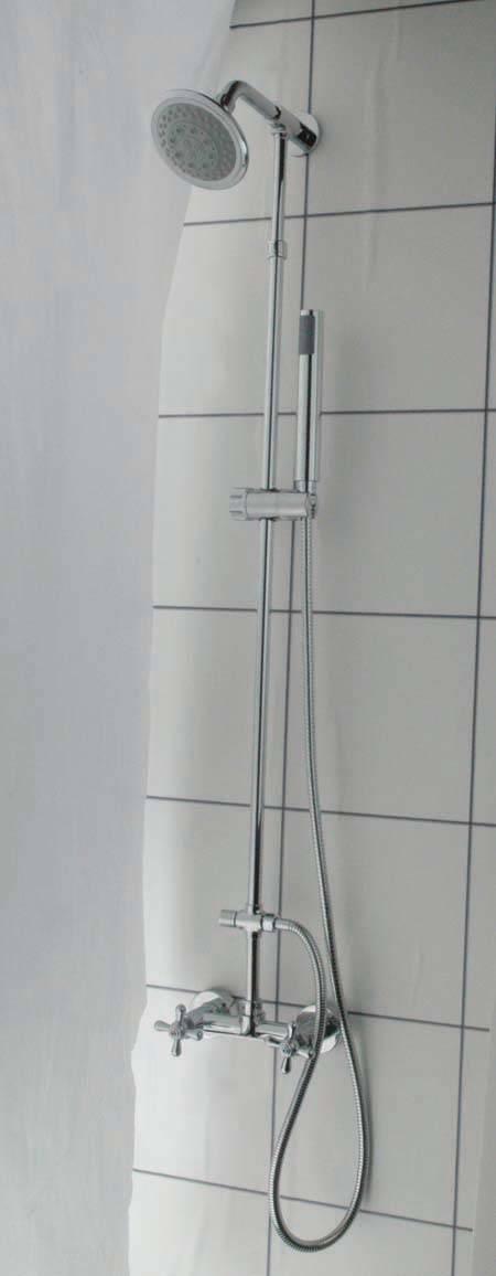淋浴水龙头