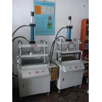 供应精密裁切机,保护膜裁切机,塑胶制品冲切机