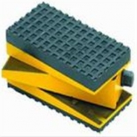 供应防震垫铁、减震垫铁