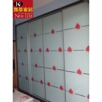 彩绘枫叶玻璃滑动门