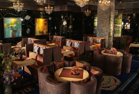 西餐厅咖啡厅实木餐桌椅