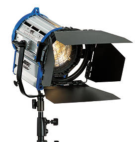 2000W阿萊聚光燈、舞臺聚光燈、影視聚光燈-- 創展