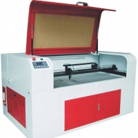 红宝石激光雕刻机,CO2激光雕刻切割机,CO2激光切割设备,