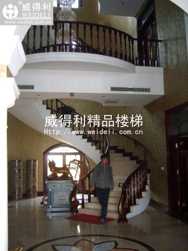 欧式弧形楼梯效果图