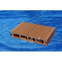 140×25地板 生态木地板的安装方法