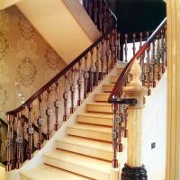 南京楼梯扶手-南京轩步楼梯-楼梯立柱扶手