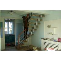 星凯钢木组合套装楼梯