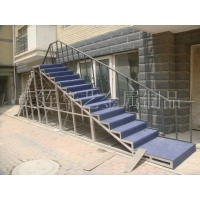 大连铝踏台、铝焊梯、铝合金拼接舞台