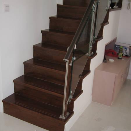 南京楼梯踏步板—美广明木业-钢木楼梯