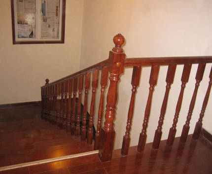 南京楼梯踏步板—美广明木业-楼梯扶手